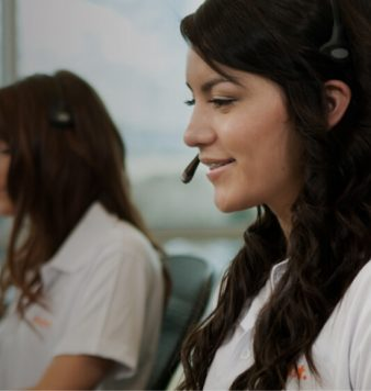 vivint call centre staff helping customers