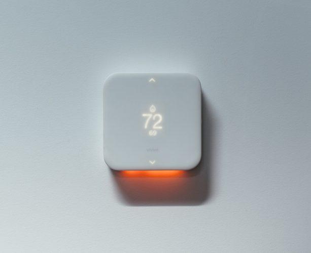 Vivint element thermostat lit up