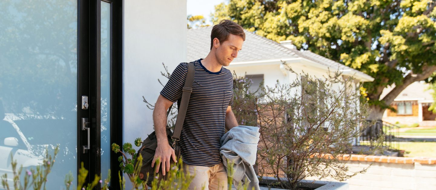 Guys leaves house with Vivint smart lock