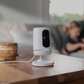 vivint ping camera on a table